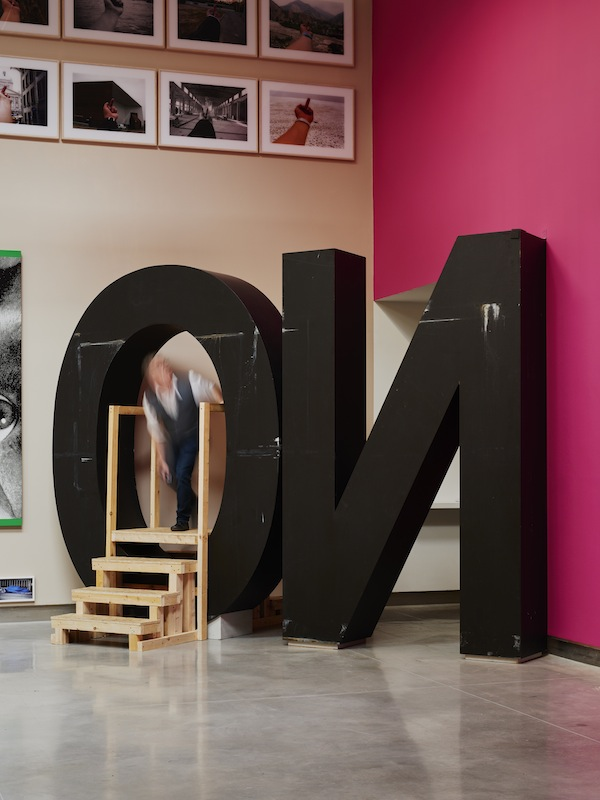 Santiago Sierra, NO (2009), as part of 'How to say it the way it is!'. Rua Red Gallery. Photo credit: Ros Kavanagh
