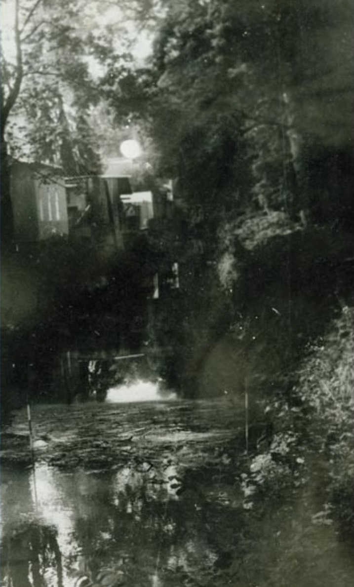 Miroslav Tichý: 7-10-31, photograph; courtesy the artist / Foundation Tichý Ocean